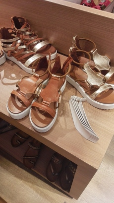Love this sandals from Torfs!
